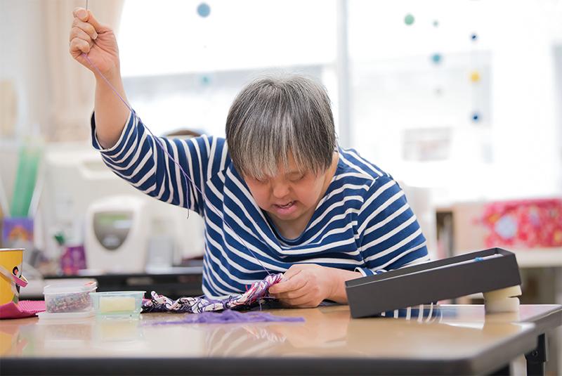 裁縫作業風景