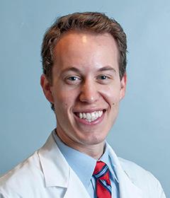 ブライアン・スコトコ医師写真